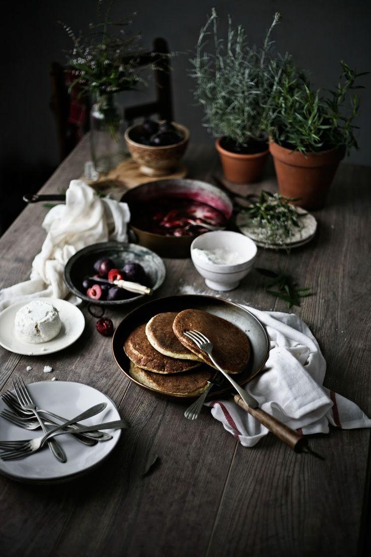 Pratos e Travessas: Pequeno almoço de Verão # Midsummer breakfast | Food, photography and stories