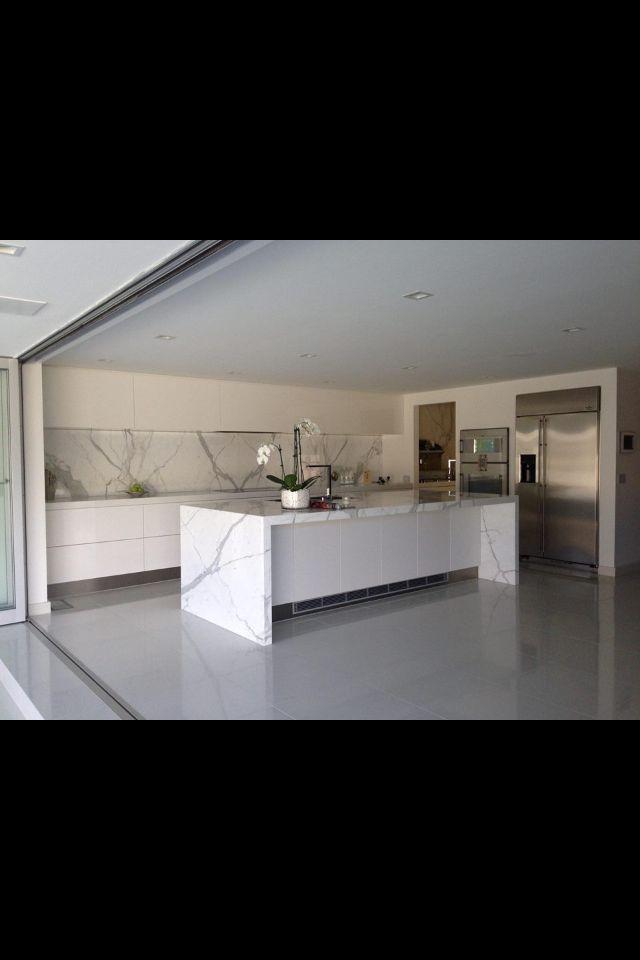 Love this indoor/outdoor kitchen