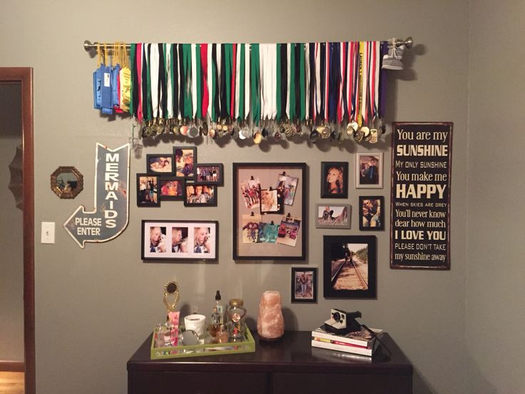The 25 Best Hanging Medals Ideas On Pinterest Medal