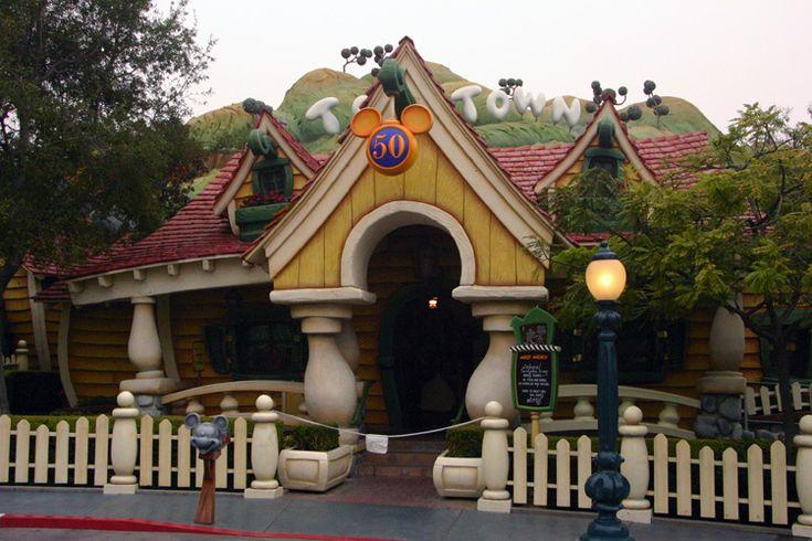 Mickey's House  | Disneyland Park - Mickey's Toontown / Mickey's House