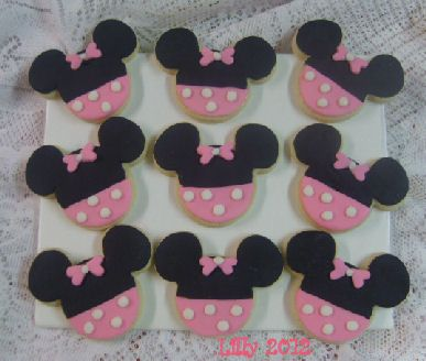 Pink Minnie Mouse Cookies