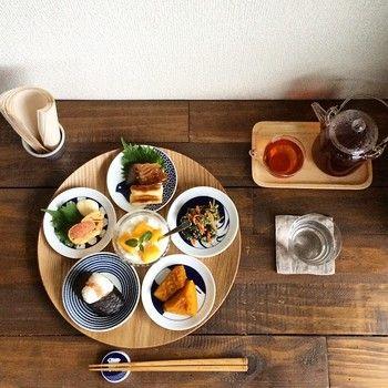 小さなおかずを少しずつ盛り付けてこんなにステキな食卓に!