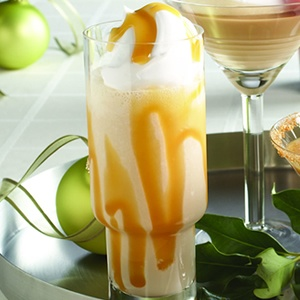 Caramelt Your Heart: Beverages Alcohol, Liqueurs Smoothie, Smoothie Recipes, Refreshing Beverages, Baileys Irish, Baileys Caramel, Caramel Liqueurs, Delicious Drinks, Caramel Drinks