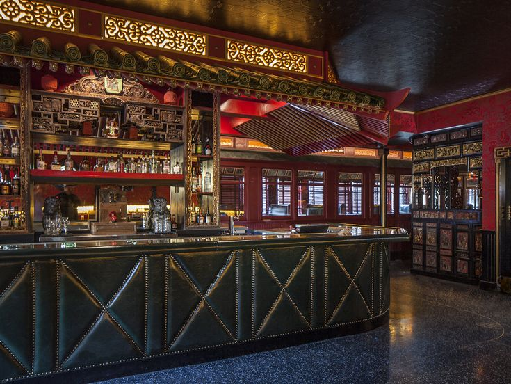 Legendary Celebrity Haunt Formosa Cafe Reopens in Los