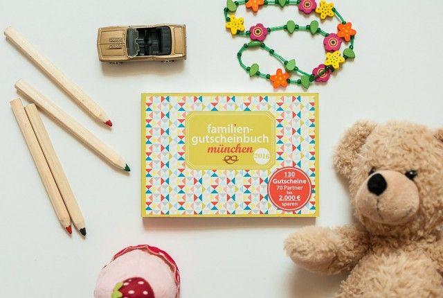 """Das coolste Gutscheinbuch für Familien - unser 'familiengutscheinbuch münchen' . Es regt zu tollen Freizeitaktivitäten als Familie an - in und um München. Ihr könnt es online kaufen - einfach mal nach """"familiengutscheinbuch köln"""" googeln..."""