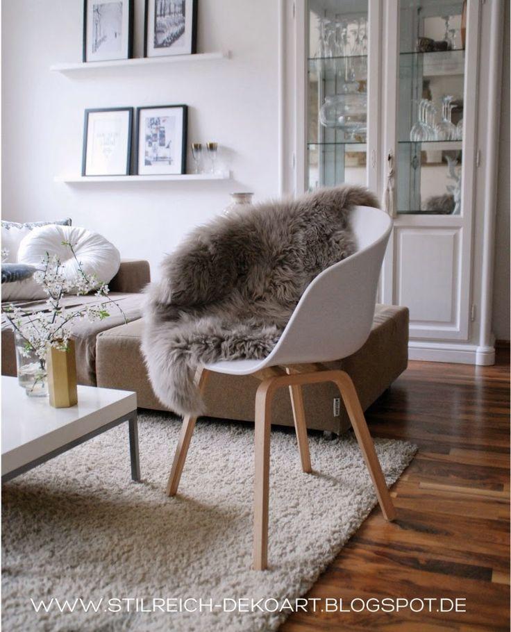 HAY ABOUT A CHAIR, connox, design, Fellshop, graues Lammfell, einrichten, Wohnzimmer weiss, Trend gold, Wohnblog, Designblog, Stilreich, Stilreichblog, Hmhome,