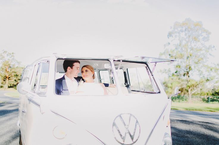 Kombi Van. Wedding. Ivory. Relaxed and classic. Vintage. Photography by Juddric Photography. www.summerdean.com.au