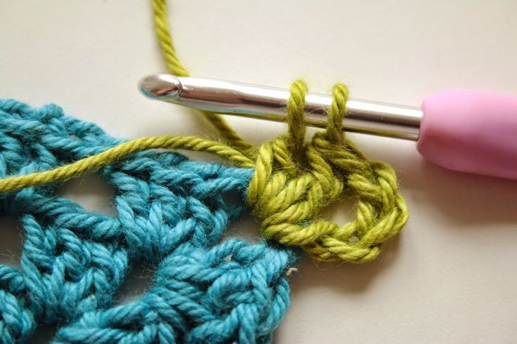 1000+ images about Weaving in the end on Pinterest Weaving, Crochet ...