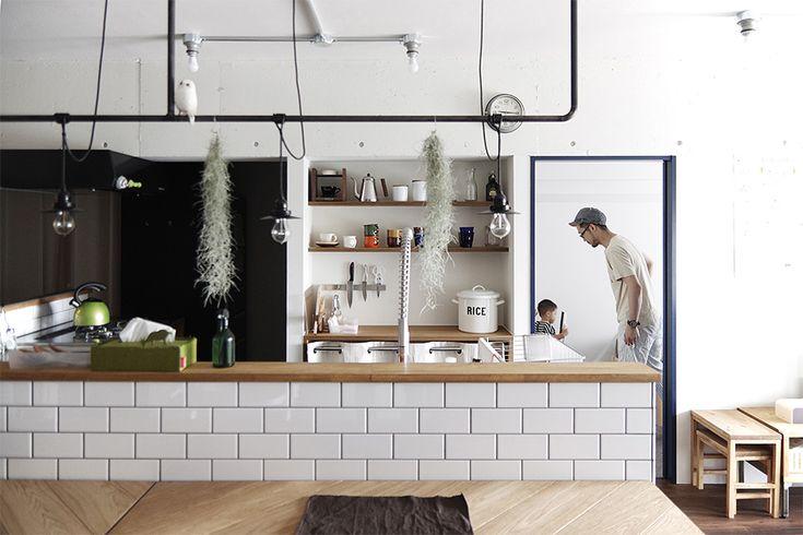 カフェみたいなオリジナルキッチン。  by EIGHT DESIGN