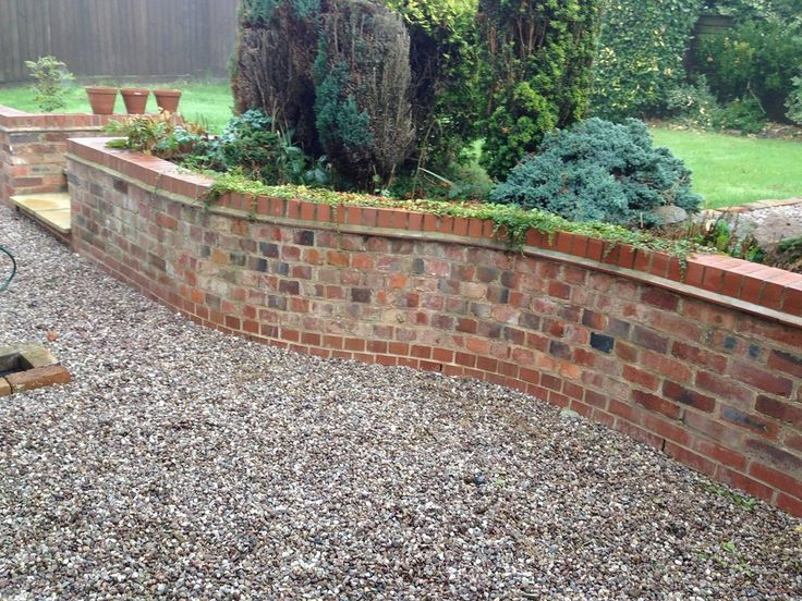 747 best retaining wall ideas images on pinterest for Front garden brick wall ideas
