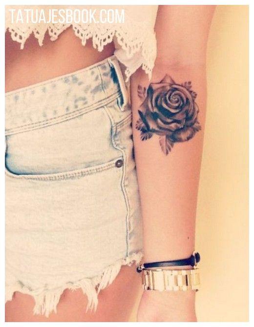 tatuajes de flores para mujeres 45