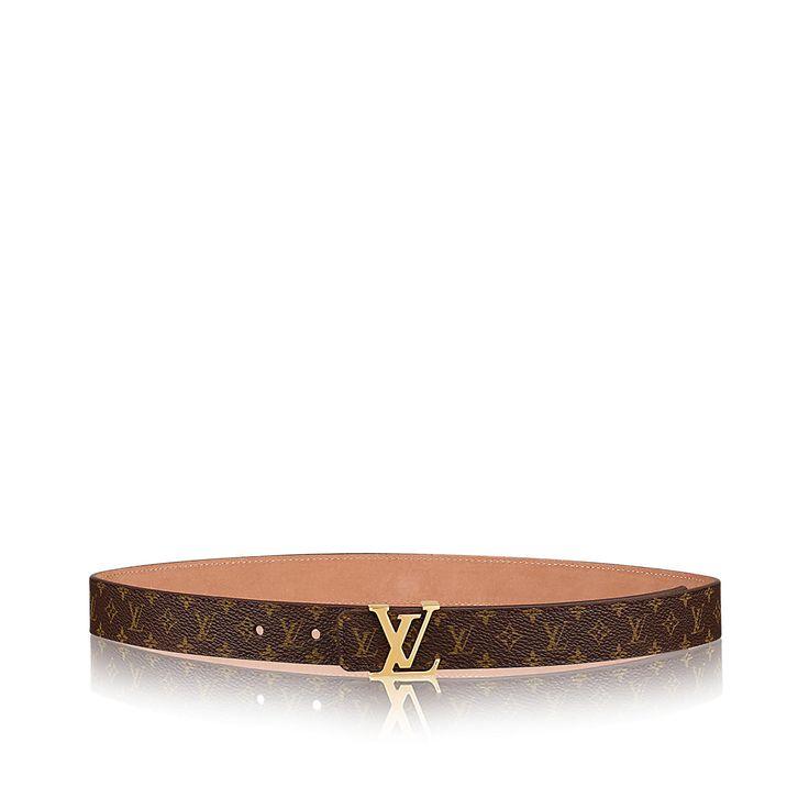 Descubra el Louis Vuitton Cinturón Mini Monogram 25 MM  Estiloso y femenino, el cinturón Mini presenta una versión reducida de la emblemática lona Monogram de Louis Vuitton. Se complementa perfectamente con una hebilla de metal dorado.