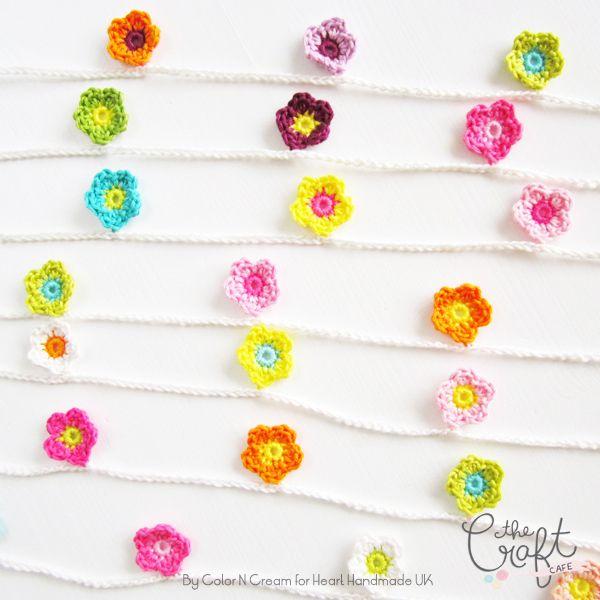 DIY: crochet a flower garland / Faça você mesmo: guirlanda de flores de crochê