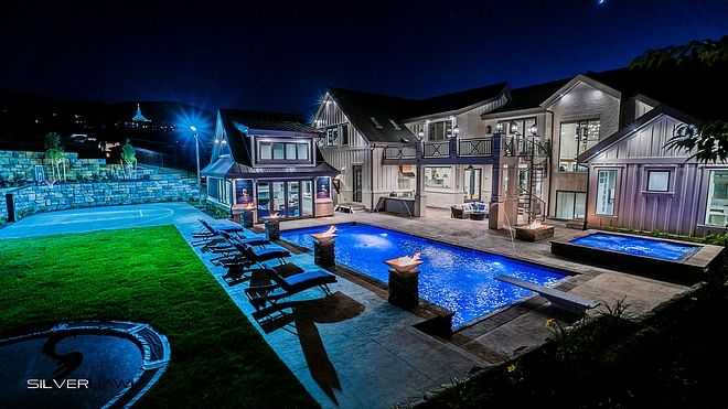 This Has It All Pool Spa Basketball Court And Lawn Basketball Court Backyard Backyard Backyard Pool