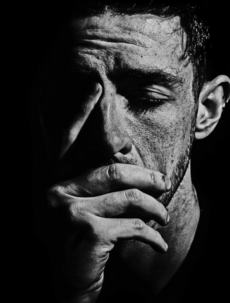 Portrait © by Brett Walker