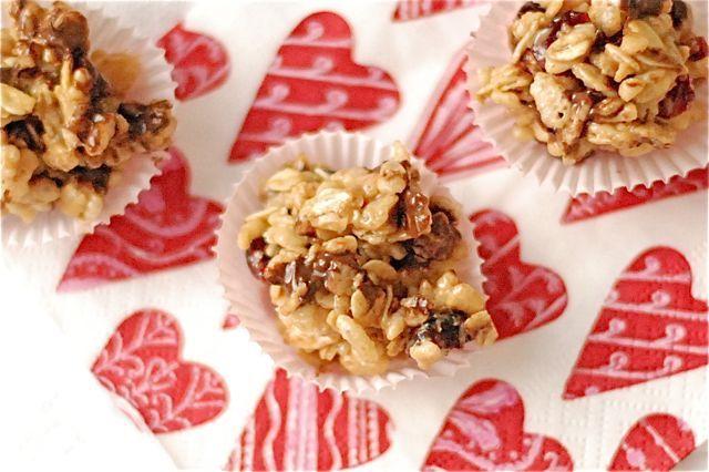 Healthy Peanut Butter & Honey Rice Krispie Snacks