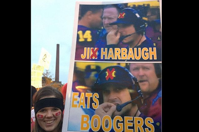 Best College GameDay Signs Michigan Vs Ohio State - http://viralfeels.com/best-college-gameday-signs-michigan-vs-ohio-state/