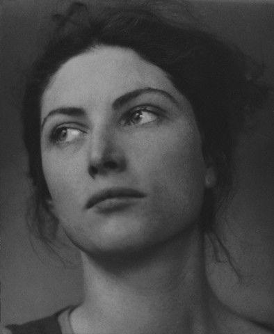 Edward Steichen, Winifred Lenihan, 1924    ca. 1924, New York, New York, USA --- Actress Winifred Lenihan, at age 26. --- Image by © Condé Nast Archive/CORBIS    Art Deco blog.