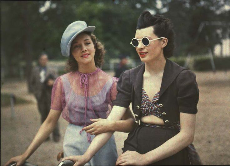 Autochrome   Paris, circa 1930