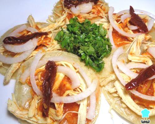 Chalupas mexicanas de pollo - fácil