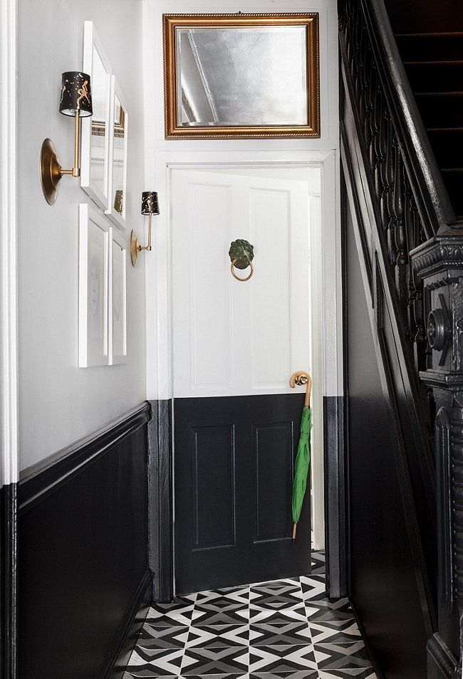 making the door fit in, black & white entry