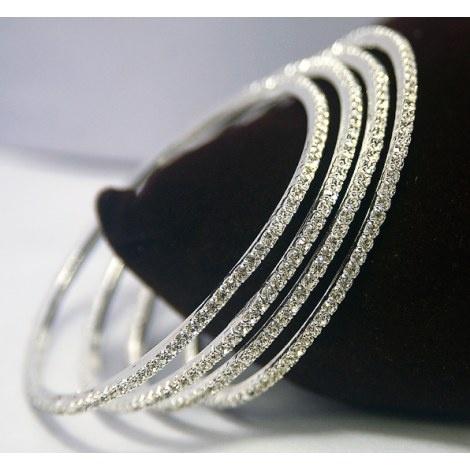 Sparkling diamond bangles