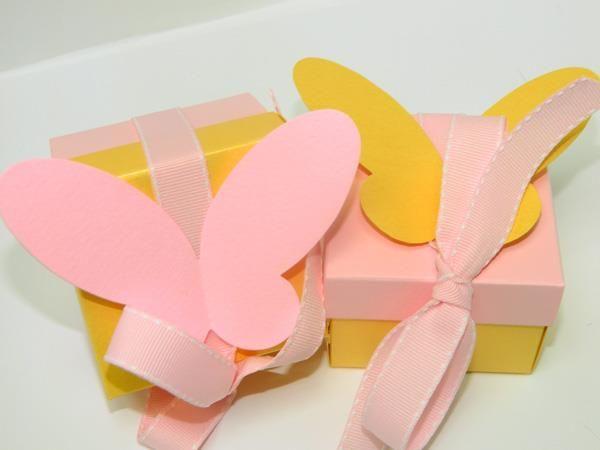 Βάπτιση με θέμα την πεταλούδα-Κίτρινο και ροζ χρώμα