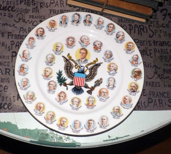 Vintage c.1989 Plate of US Presidents featuring by BuyfromGroovy