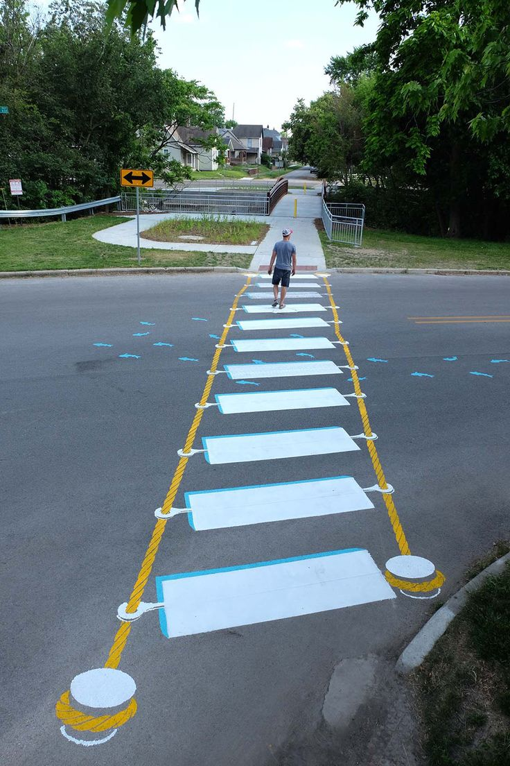 Dinamización Urbana Artist #Roadsworth usa las calles como lienzo #dinamizacion #dinamizacionurbana #streets #diseño #arte #design