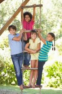 Teach your kids survival skills through outdoor survival games