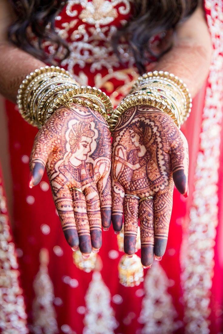 rani+raja mehndi on an indian bride's hands...and those bangles <3