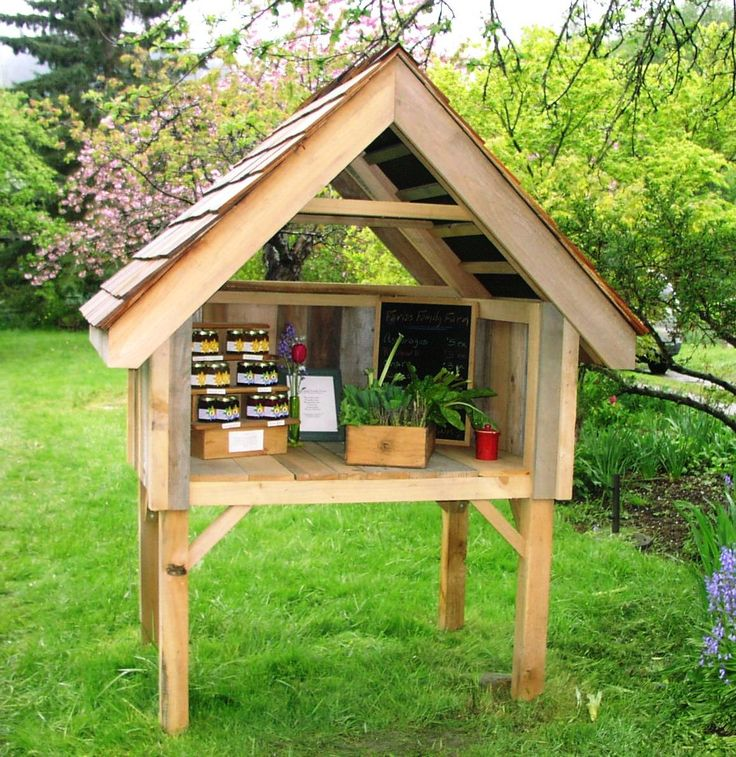 Cute farm stand...I would probably make it a little smaller. :)