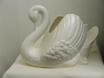 Crown Lynn Swan - Large