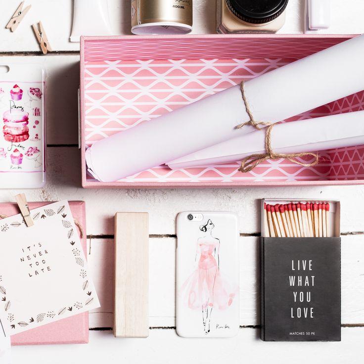 #pink #white #pretty #phone #flatlay