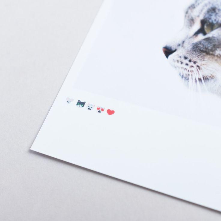 Hello kitty emoji