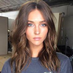 Balayage miel sur cheveux bruns beauté