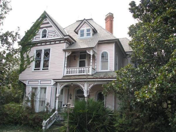 17 best images about hometown on pinterest old photos for One story queen anne
