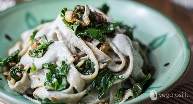 Tagliatelle con crema tofu e champignon