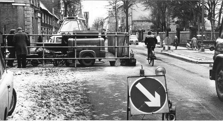 MORE ADDED: 157 photos of 1960s York (From York Press) Bootham Bridge 1969