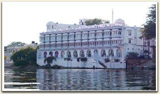 7. Udaipur - Lake Pichola Hotel
