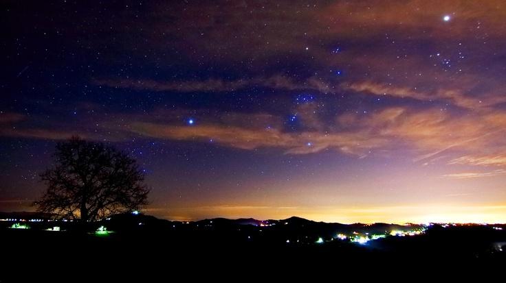 Da Pietra De' Giorgi (PV) il castello di Mornico Losana: Orione al tramonto, Sirio, il Toro e Giove.