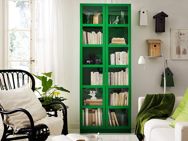 love the green bookcase: Bookshelves, Green Cabinets, Book Shelves, Birds House, Kelly Green, Green Bookca, Glasses Doors, Ikea, Billy Bookcases