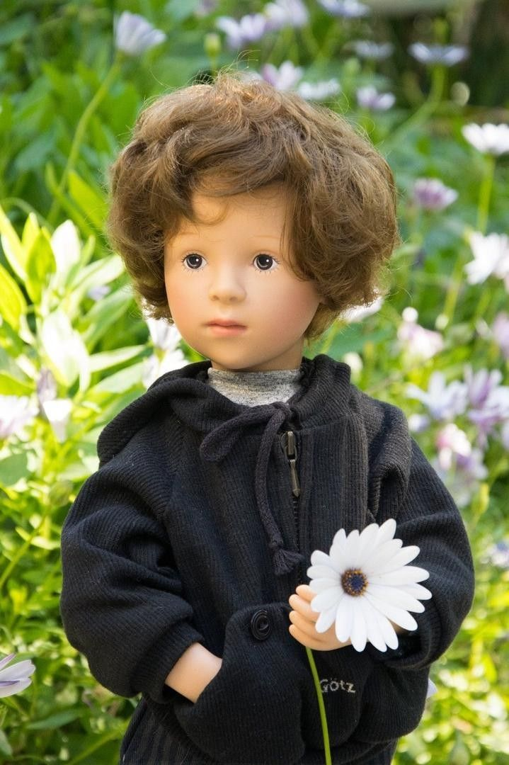 Gotz 19.5  Doll Julius by Sylvia Natterer This auction is for a 19.5  vinyl Gotz doll named Julius. He was made in 1998 and is from the Happy Birthday Fanouche collection. He was sculpted by Sylvia N
