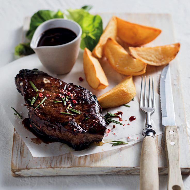 Red wine marinated steak with wine jus - MyKitchen