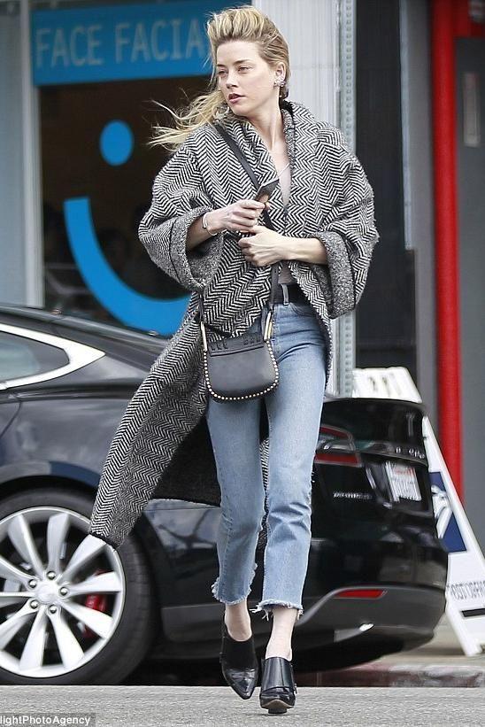 Amber Heard wearing Chloe Hudson Bag