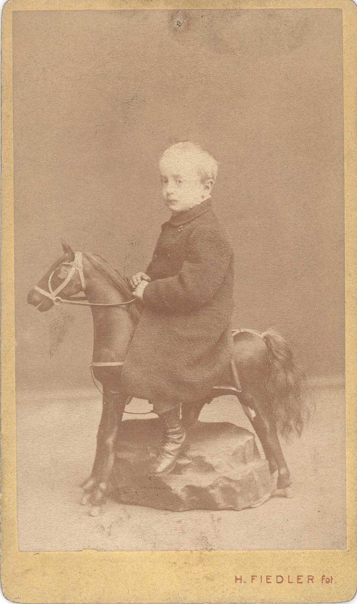 Hynek Fiedler, Portrét jednoho z dětí Hynka Fiedlera, (1865−1870)