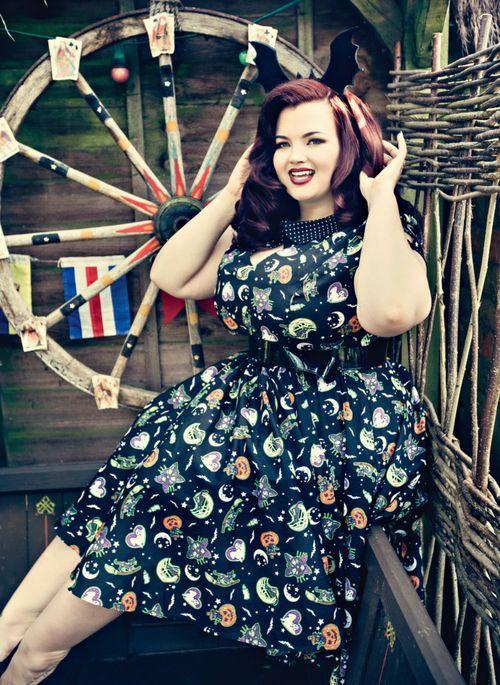 Modelo Alternativa Georgina Horne #plussizemodel #plussizeblogger #altmodel #pinupmodel #gothfashion #altgirl