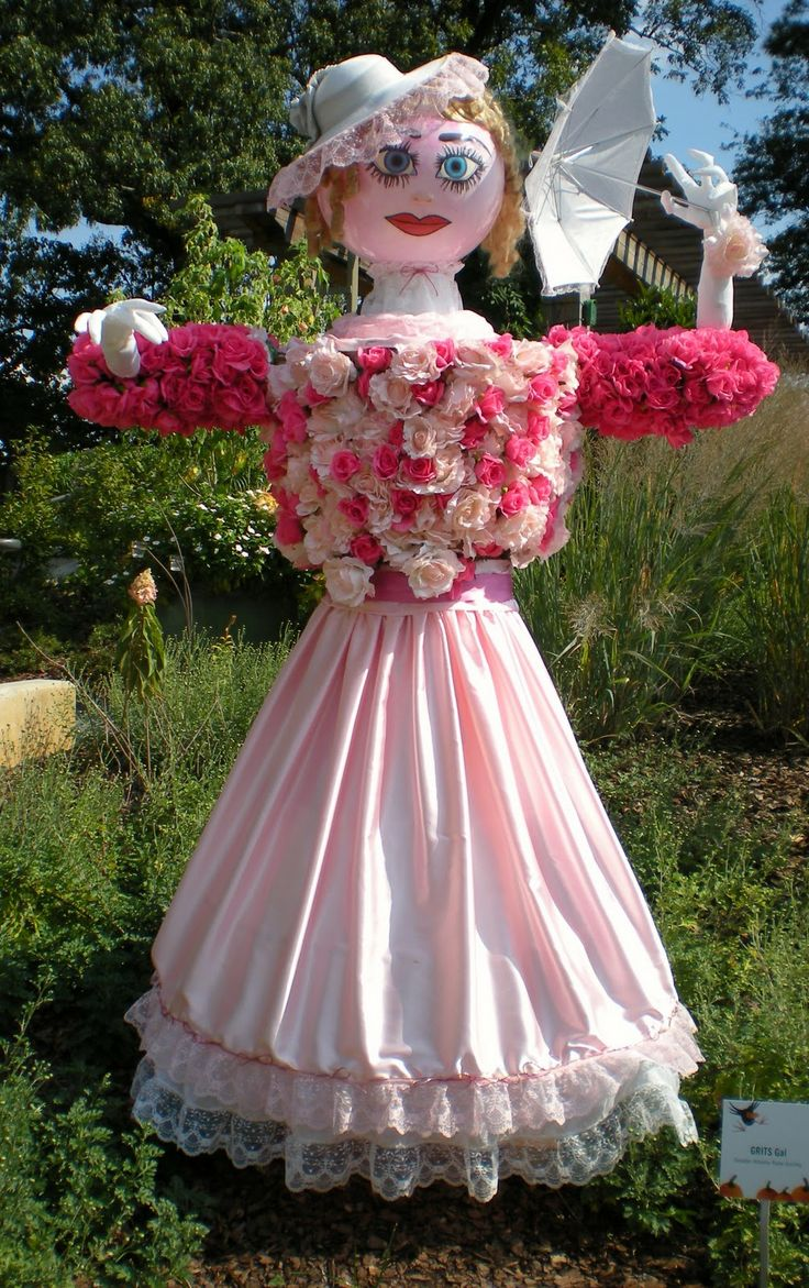I like the idea's with this garden scarecrow.  You could use a head/wig form for the head & pose it differently.