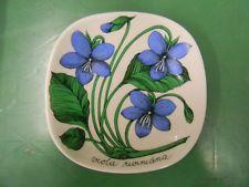 View Item: Arabia Iittala Wall Plate Viola Riviniana Design Esteri Tomula
