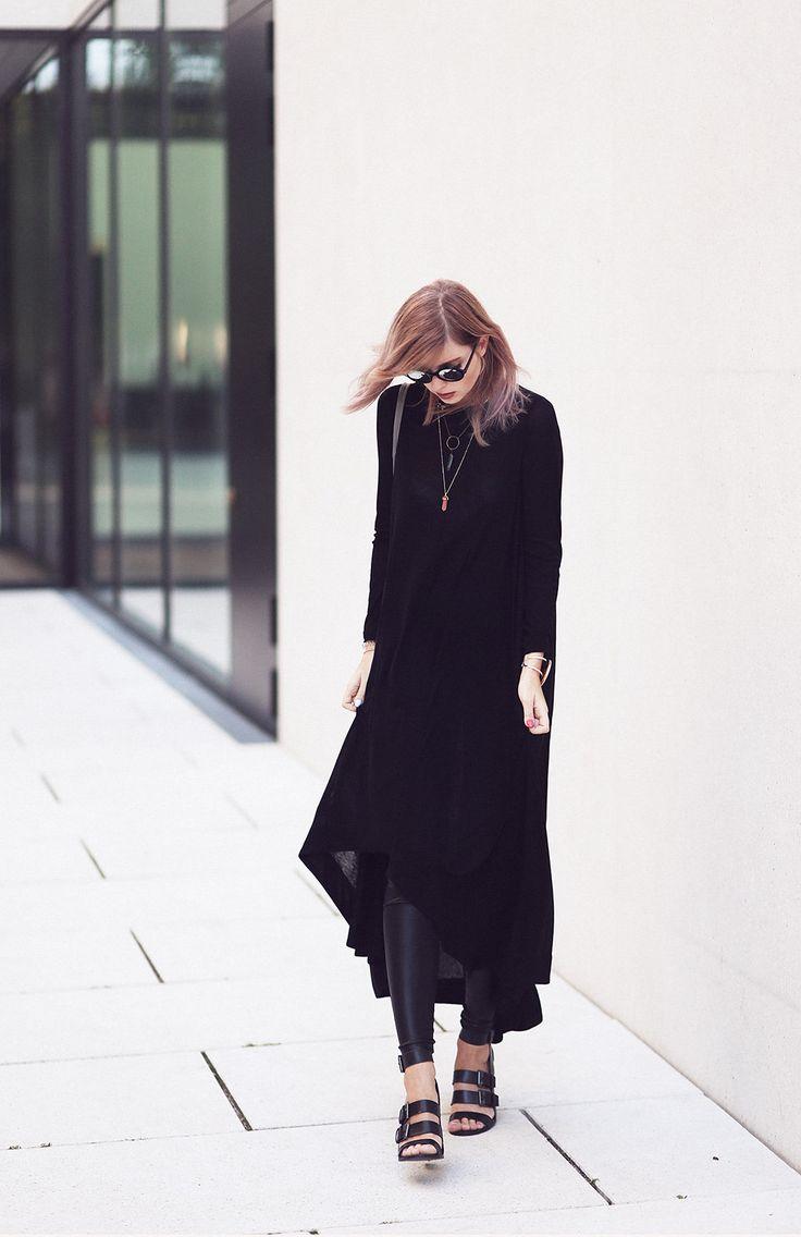 black jersey dress - Fashionblog Travelblog Interiorblog GermanyFashionblog Travelblog Interiorblog Germany